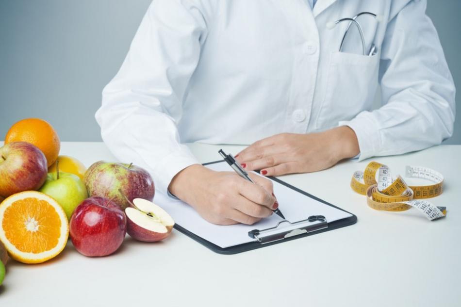 Гастроэнтеролог по вопросам питания